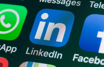 Digital Advice: 3 Ways Small Business Can Use LinkedIn to Boost Sales